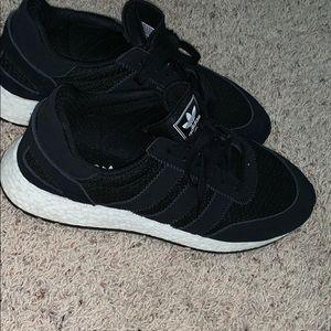 Adidas i5923 size 12